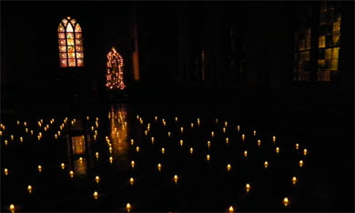 labryinth with candles